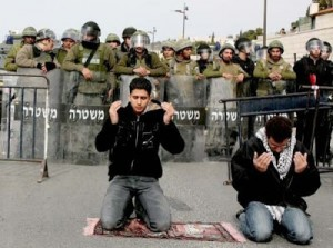 prayer-in-palestine-300x223